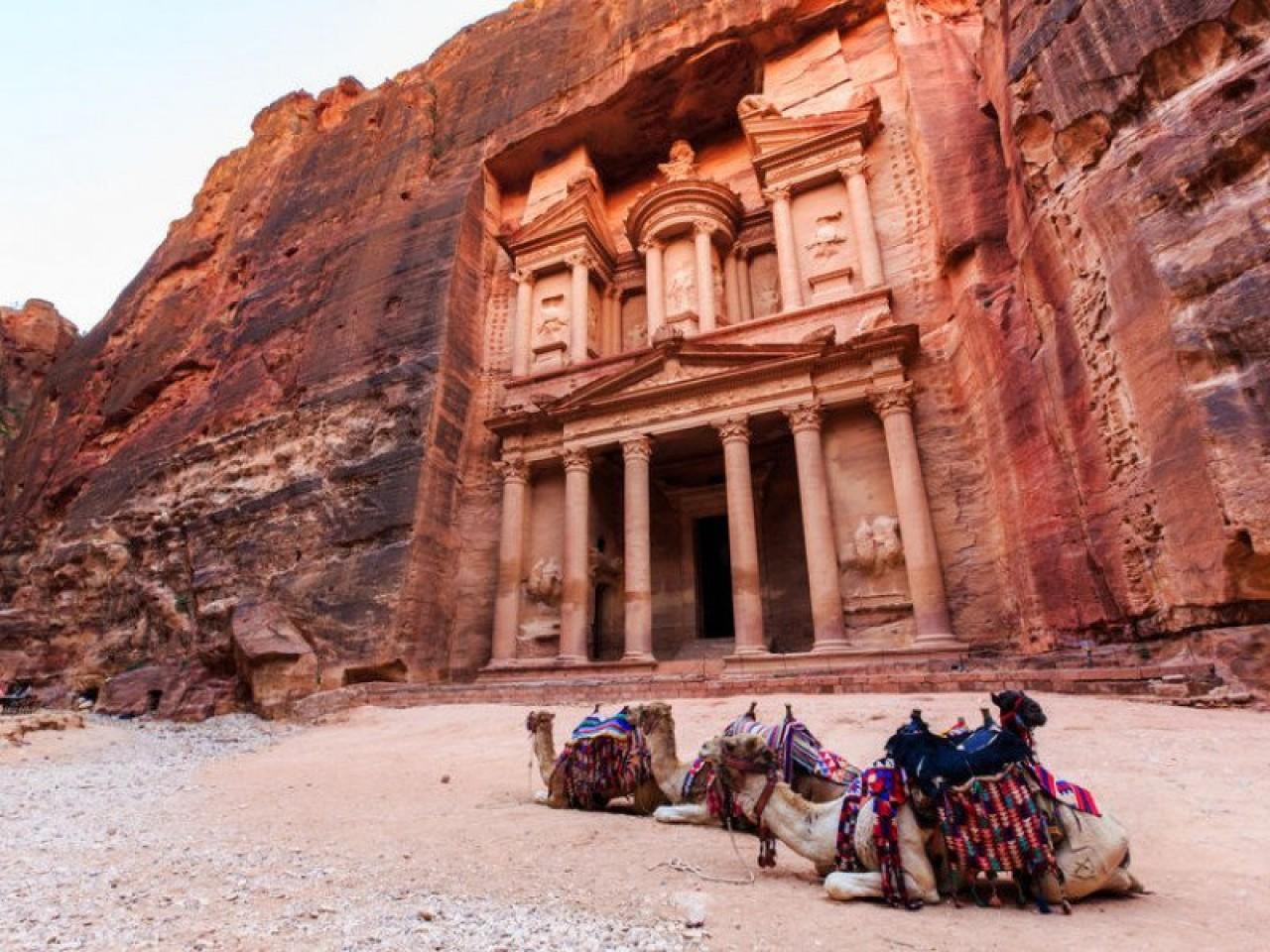 Petra e Mar Morto: Long Week End