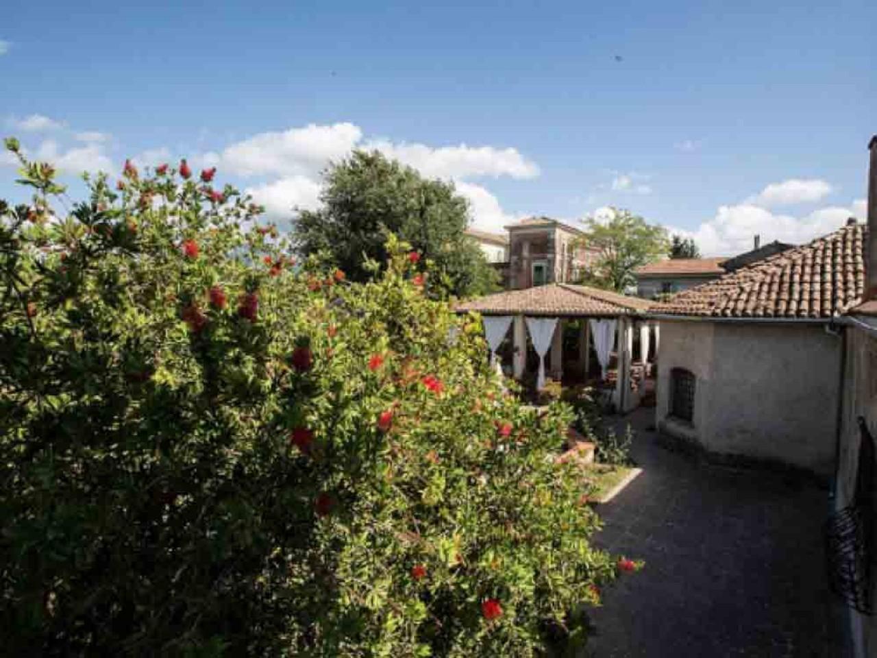 ARCHEOLOGIA: Soggiorna in Agriturismo a Paestum