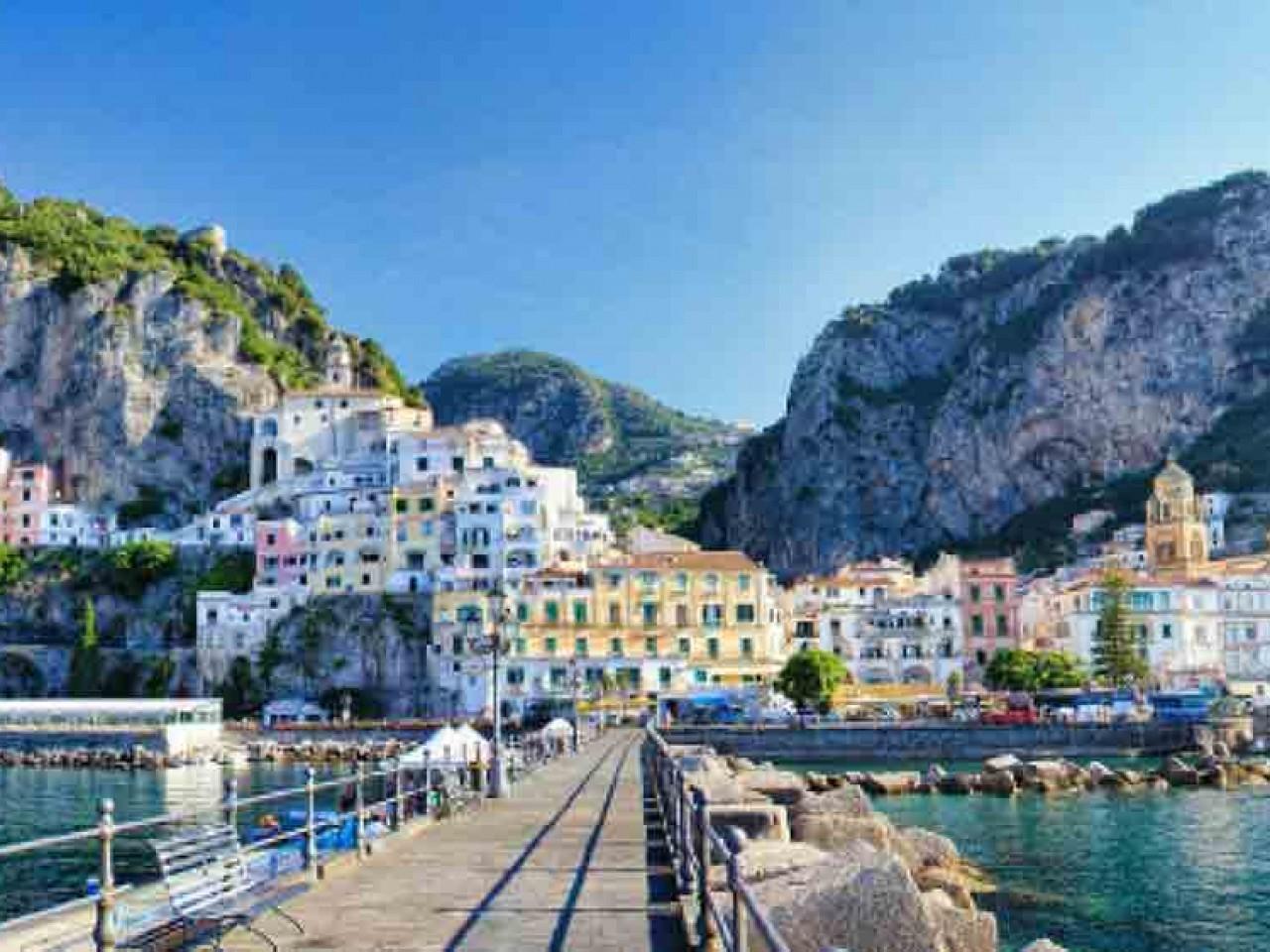 GRUPPI: Le Tre Perle Mediterranee: Paestum, Amalfi e..