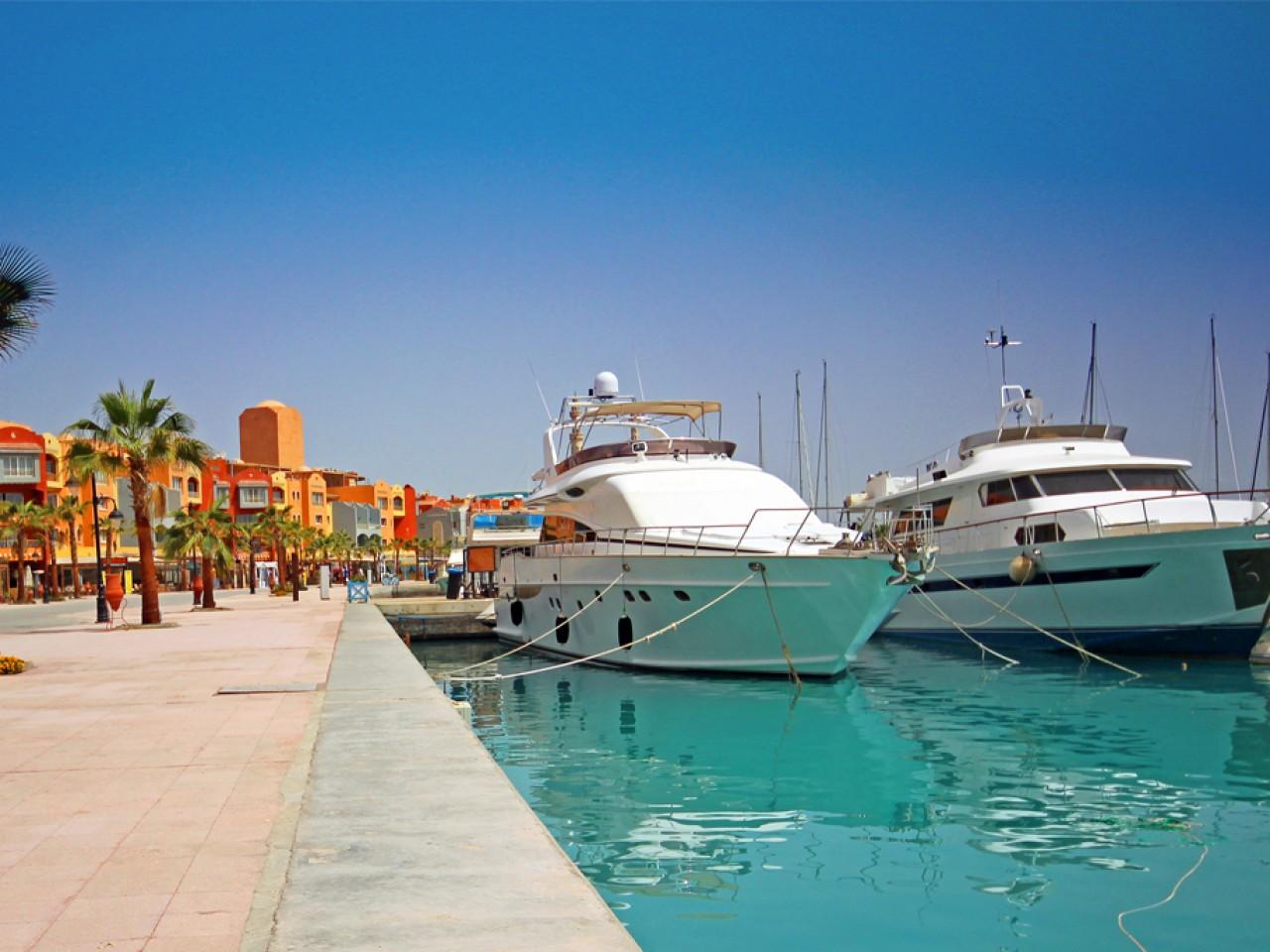 City Tour of Hurghada and Grand Aquarium