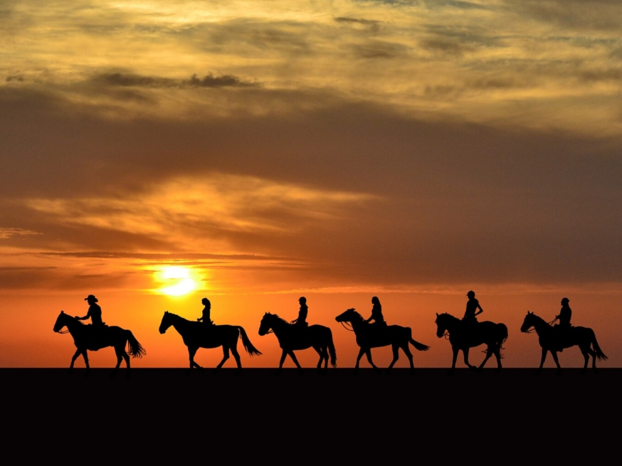 Hurghada: Horse or Camel Riding (2 hrs)