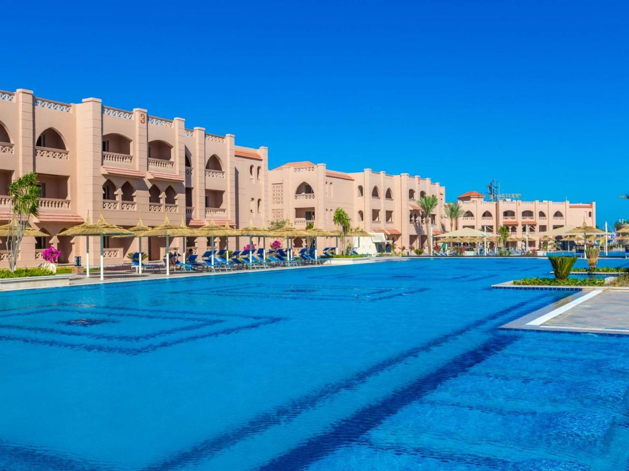 WINTER STAYCATION: Aqua Vista Resort, Hurghada