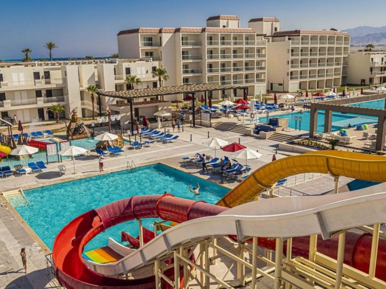 WINTER STAYCATION: Amarina Resort & Aqua Park, Abu Soma