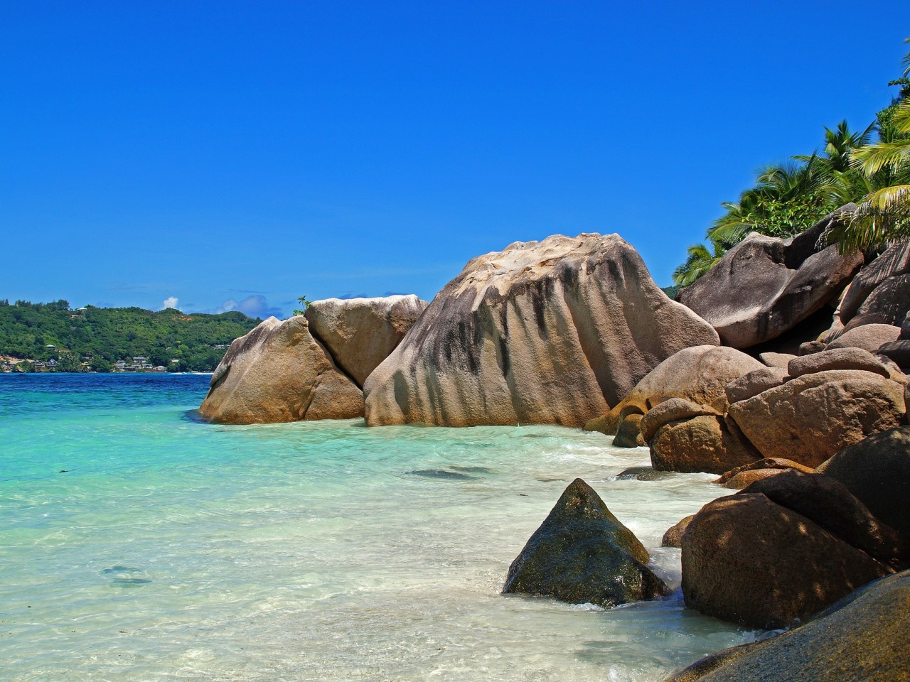 TRIS DI ISOLE A SEYCHELLES CON SHADOW TRAVEL