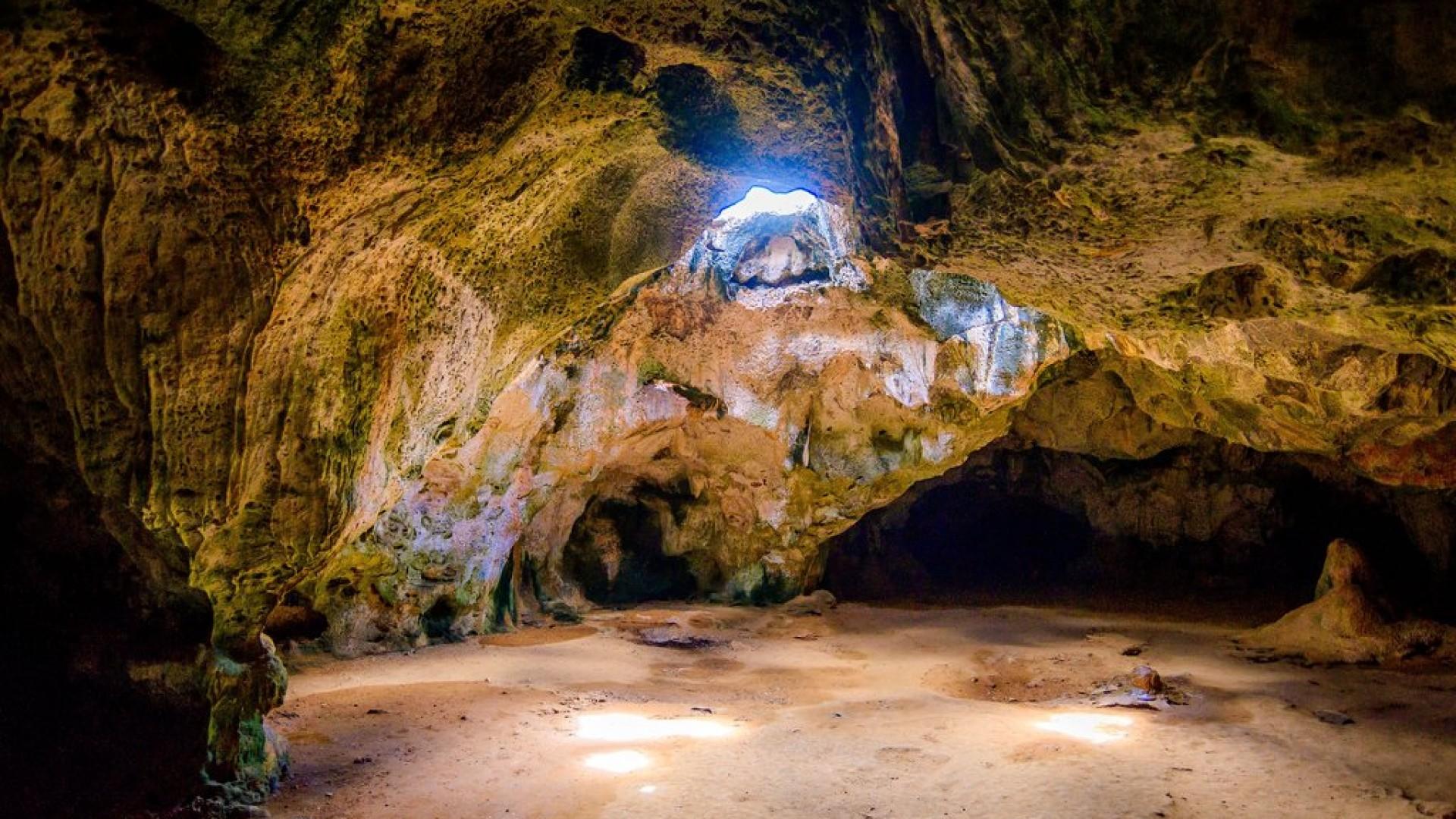 Aruba Cave