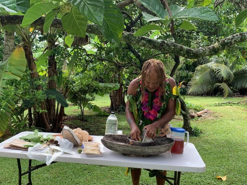 Rarotonga - Pa ed il suo giardino