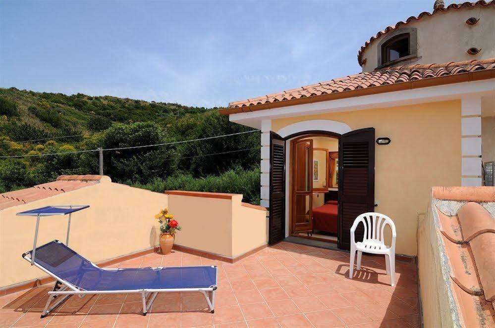 Terrace /Balcony